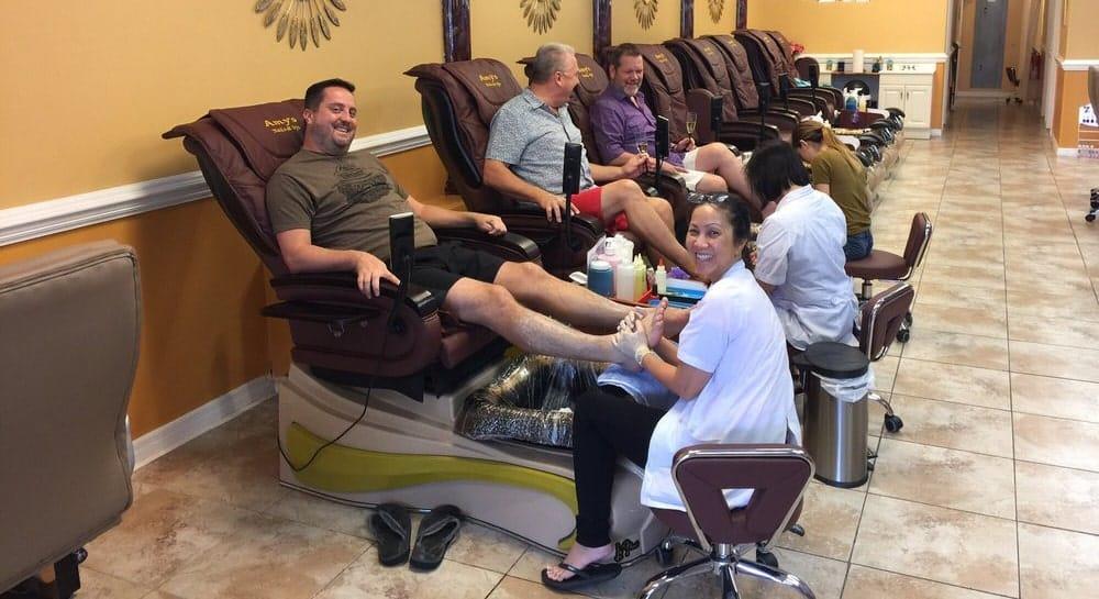 Cần tuyển thợ nail xuyên bang tại Orlando, FL-32812