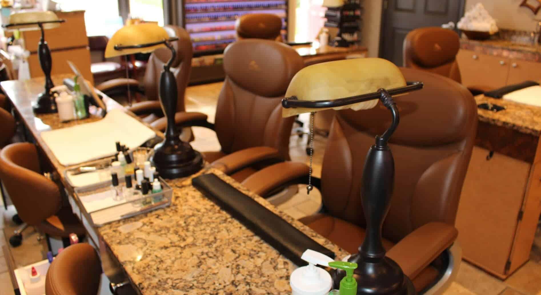 Cần tuyển thợ nail xuyên bang tại Great Falls, VA-22066