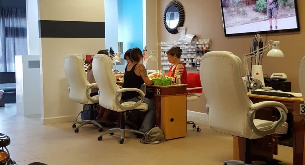 Cần tuyển thợ nail xuyên bang tại Omaha, NE-68127