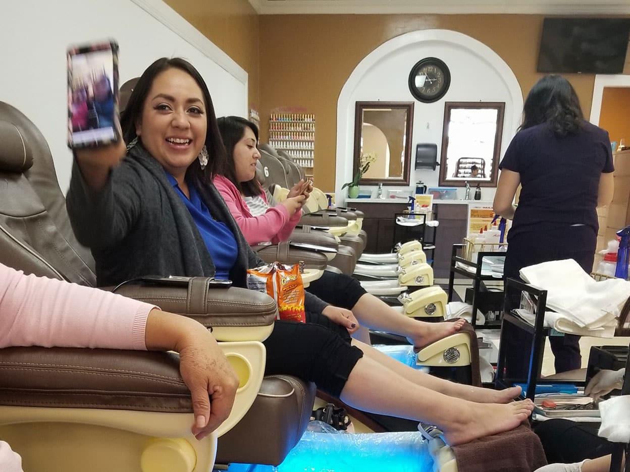 Cần tuyển thợ nail xuyên bang tại Visalia, CA-93277