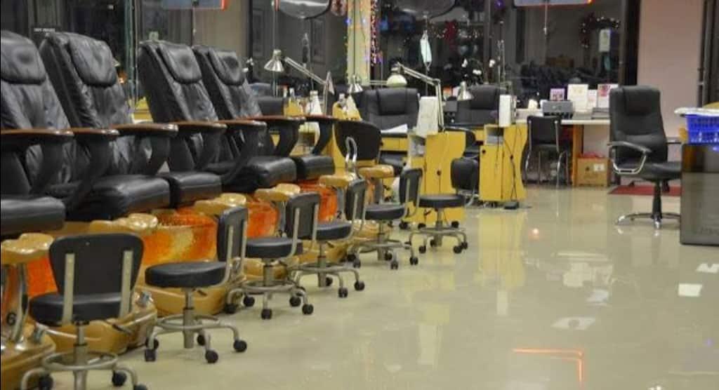 Cần tuyển thợ nail xuyên bang tại Fort Lauderdale, FL-33305