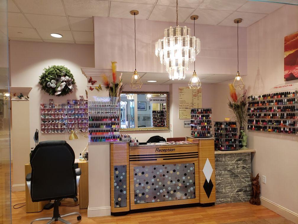 Cần Sang Tiệm Nail tại Danbury, CT-06810
