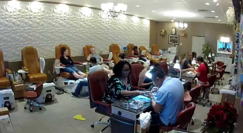 Cần tuyển thợ nail xuyên bang tại Jefferson City, MO-65109