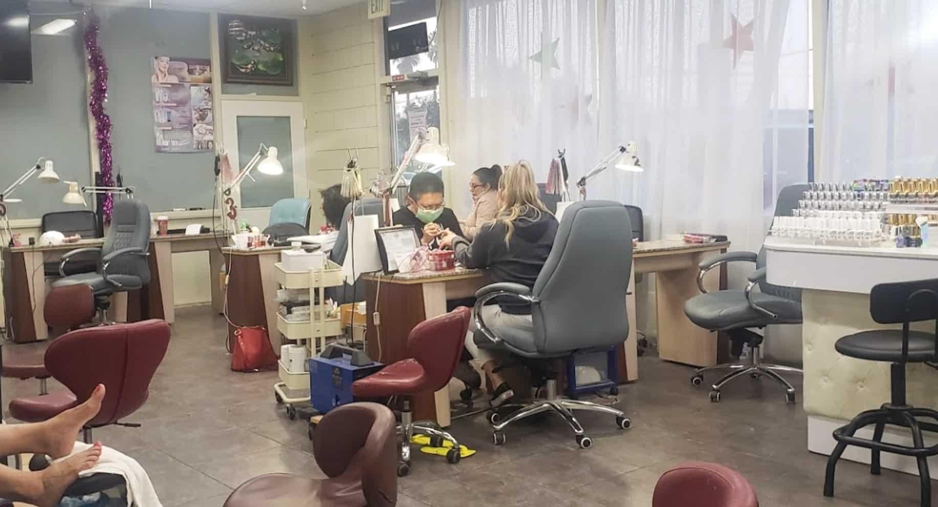 Cần tuyển thợ nail xuyên bang - Bakersfield, CA-93301