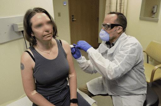 tinh nguyen tiem vaccine