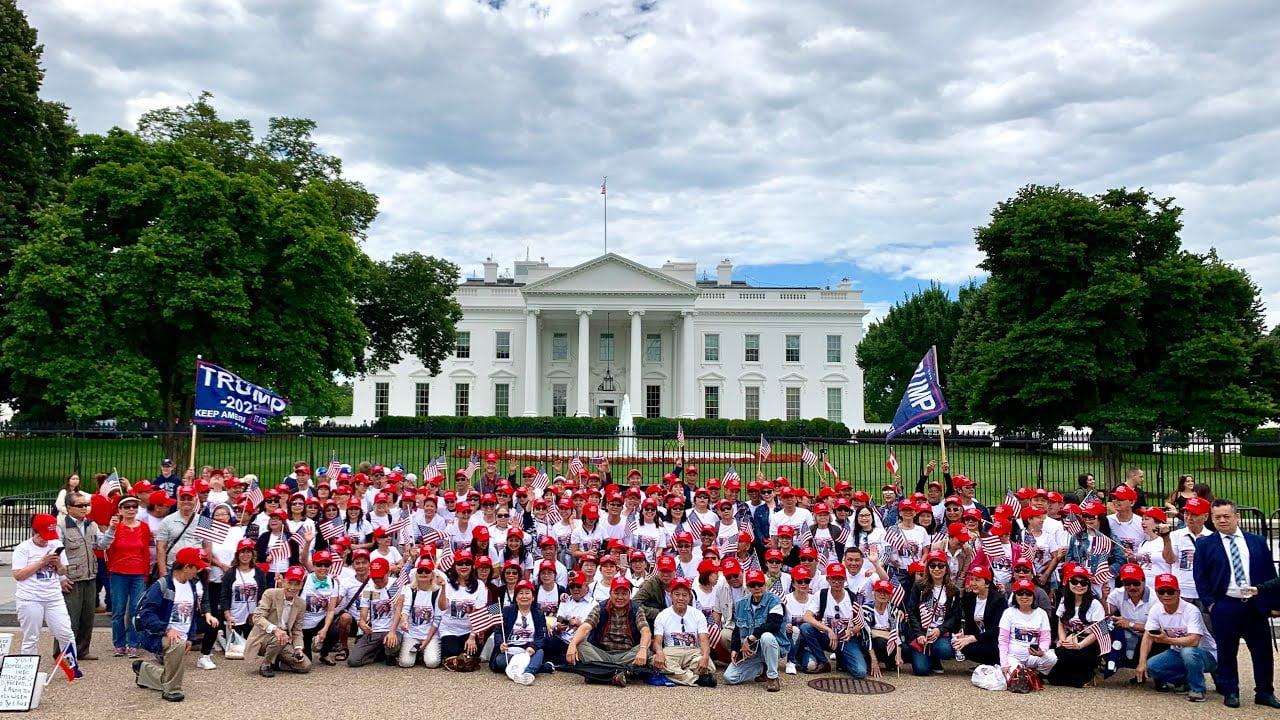 Cộng đồng gốc Việt: người sẽ bầu cho Trump, kẻ ủng hộ Biden. Vì sao?