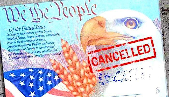 Quốc tịch Mỹ: người mơ không ra, kẻ lại từ bỏ. Vì sao?