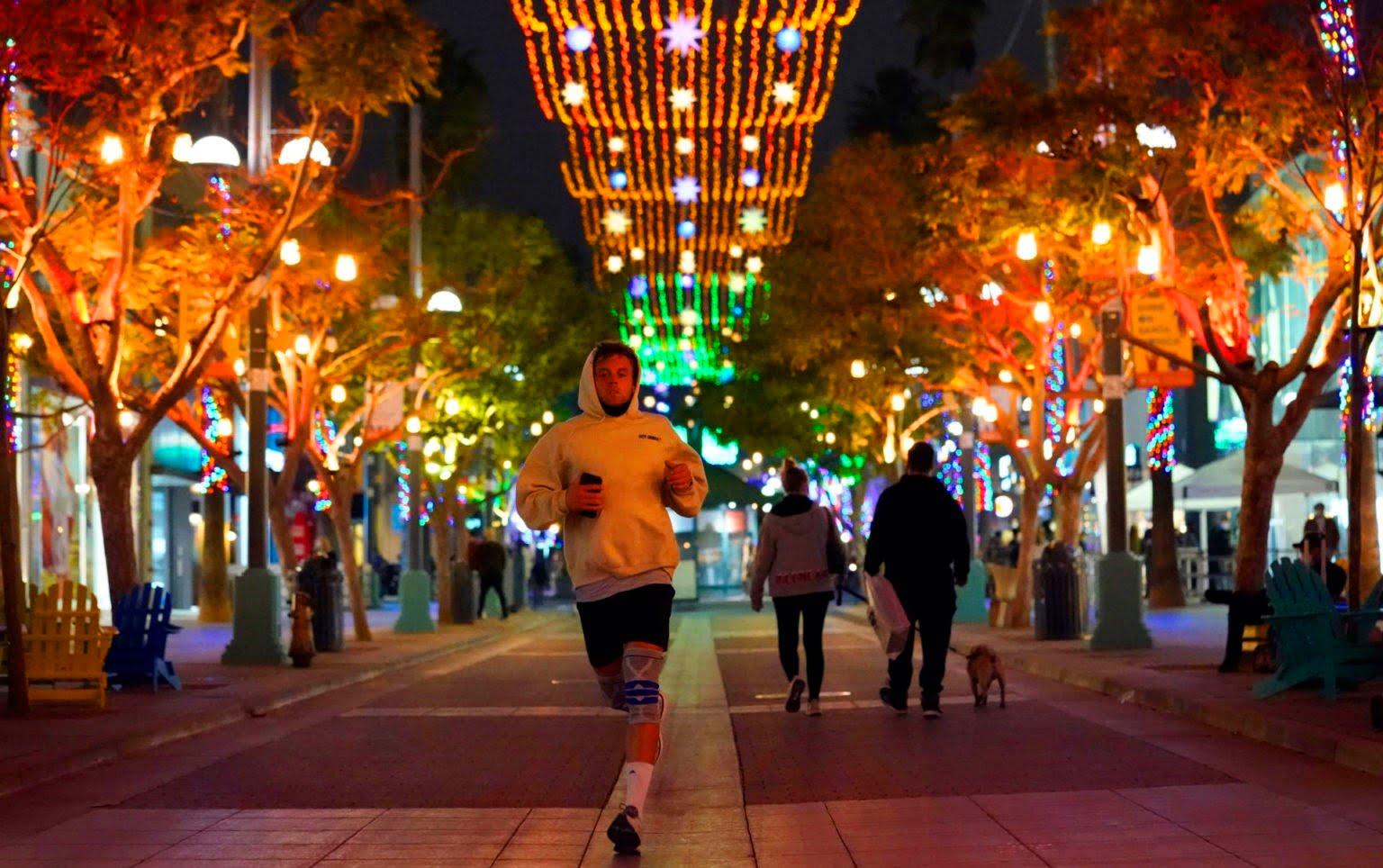 Những điều cần biết về lệnh giới nghiêm ban đêm ở Cali