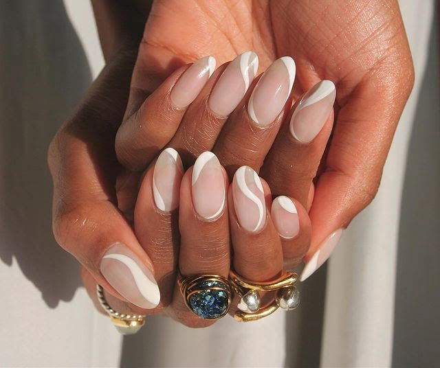 Squiggle Nails